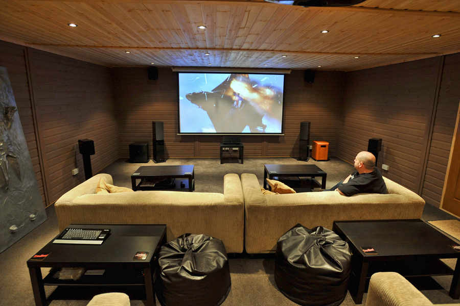 Garden shed cinema is movie buff\'s dream   Express & Star