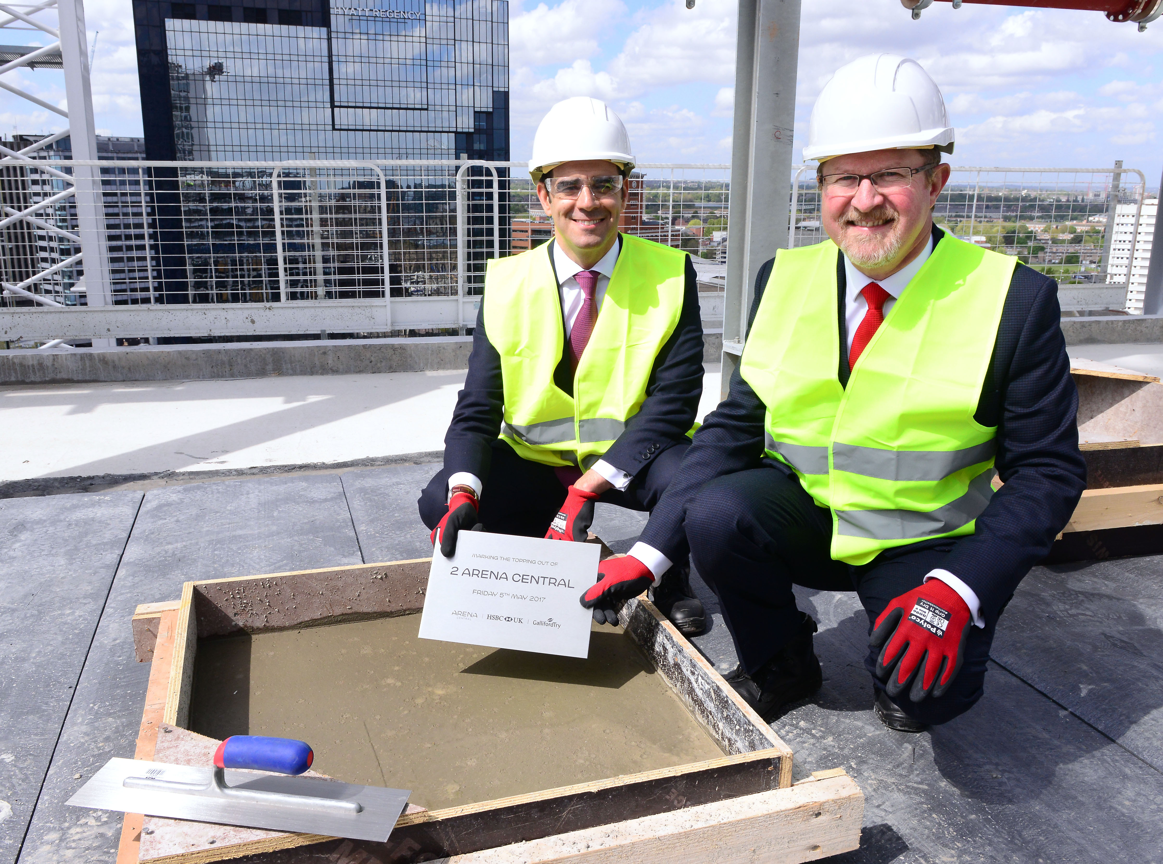 HSBC UK tops out new head office in Birmingham | Express & Star